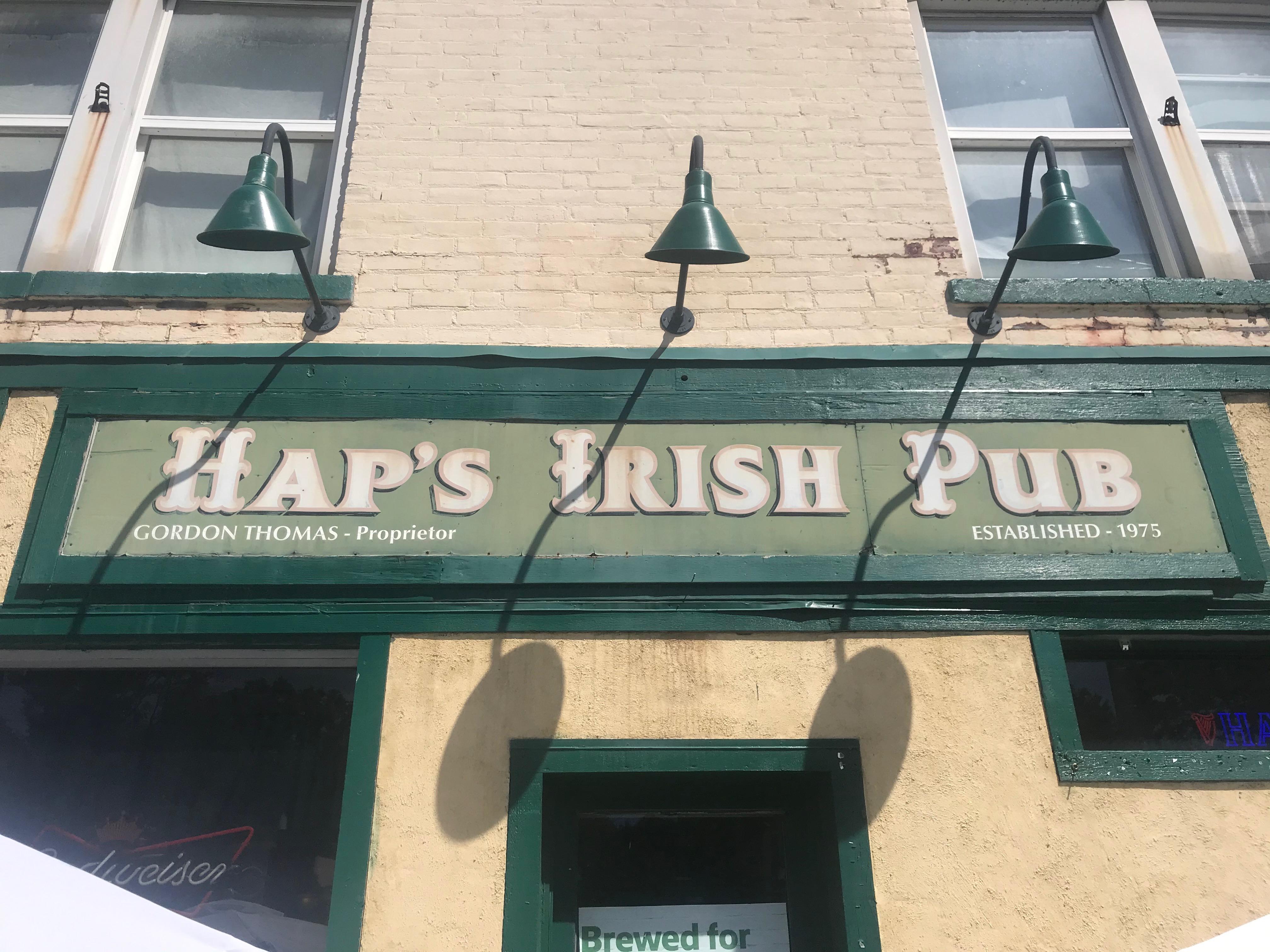 Hap's Irish Pub